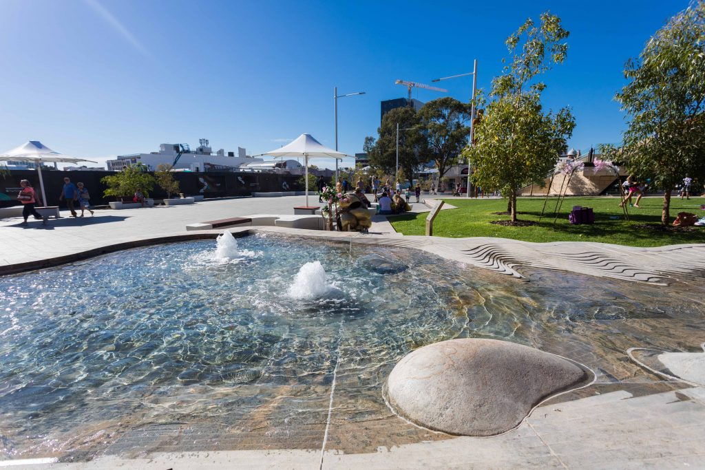 Yagan Square (12)